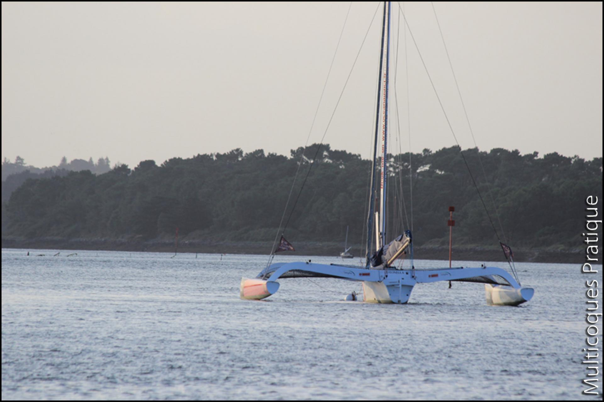 Trimaran de course 40' large