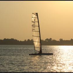 Catamaran de sport pour solitaire Class A
